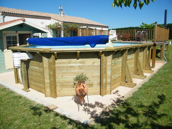 Galerie photos de piscines en bois hors sol piscines en for Piscine hors sol bois garantie 15 ans
