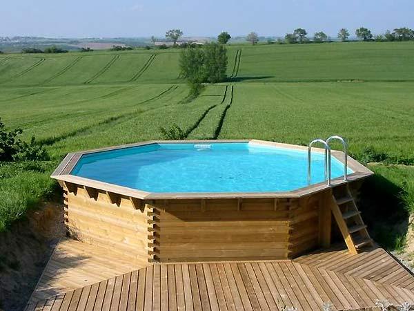 Galerie photos de piscines en bois hors sol piscines en for Piscine bois hors sol castorama