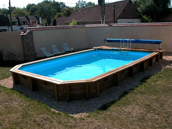 Galerie photos de piscines en bois semi enterr es for Piscines semi enterrees